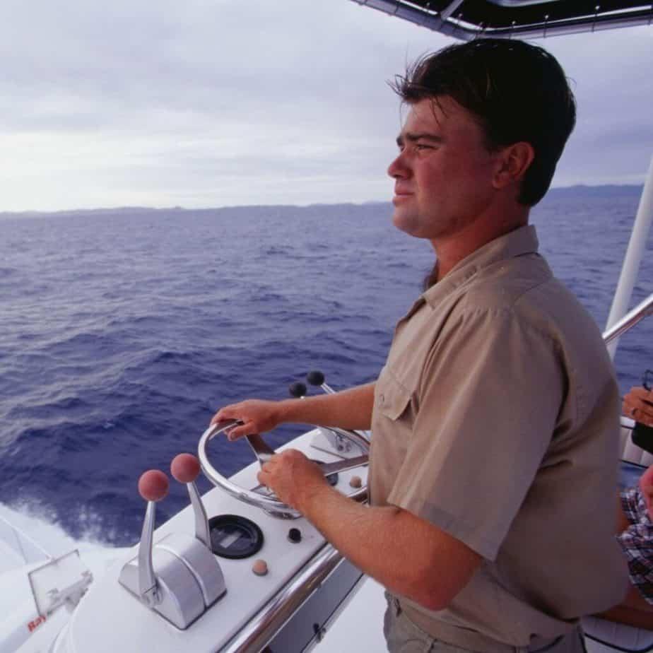 Como pilotar um barco? Conheça o curso de Arrais!